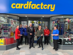 Mayor extends greetings to Card Factory