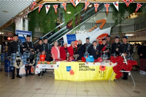 Mayor launches 2013 poppy appeal