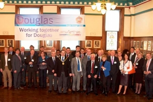 Business lunch focuses on local government reform