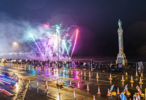 Douglas fireworks dazzle despite damp weather